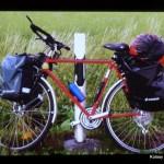 Niedrogi, kupiony na allegro rower Ani Baran, którym przejechał'a wzdłuż norweskich fiordów do Nordkapp.