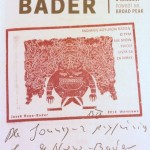 Pieczęć z mottem książki oraz dedykacja z autografem JHB